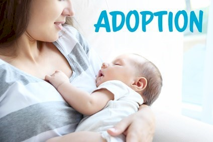 Adoption concept. Mother holding sleeping baby at home © Africa Studio  - Fotolia.com